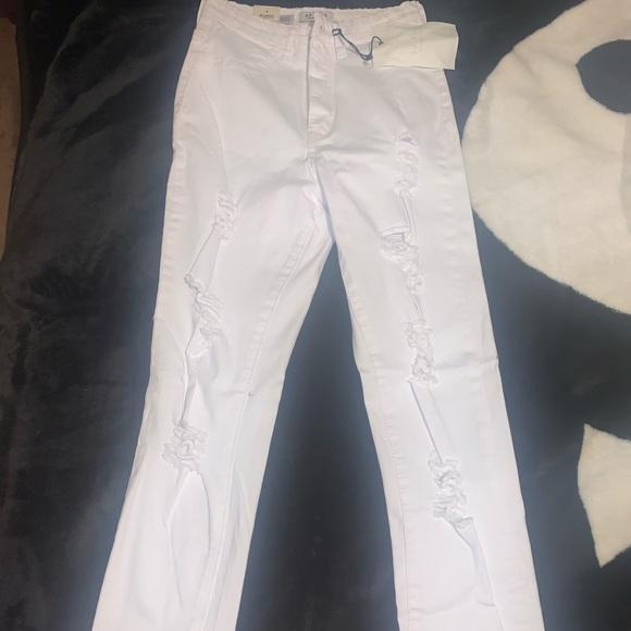 White Fashion Nova High-Waisted Skinny Jeans